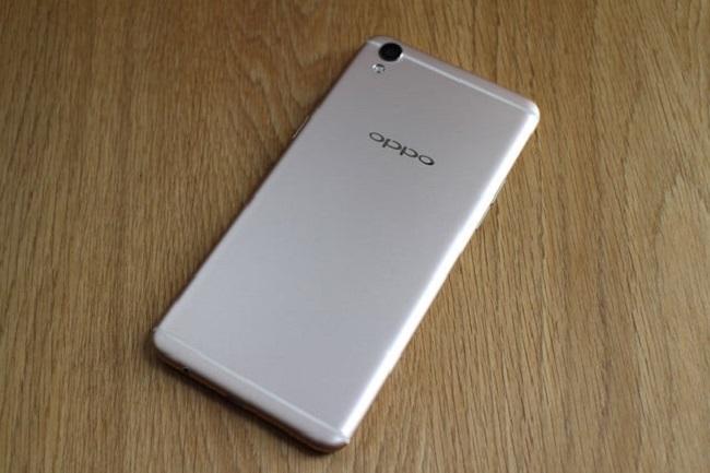 Màn hình Oppo F1 Plus bị vàng