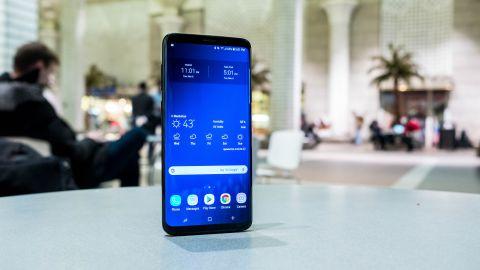 Mặt kính Samsung S9 plus bị bong tróc