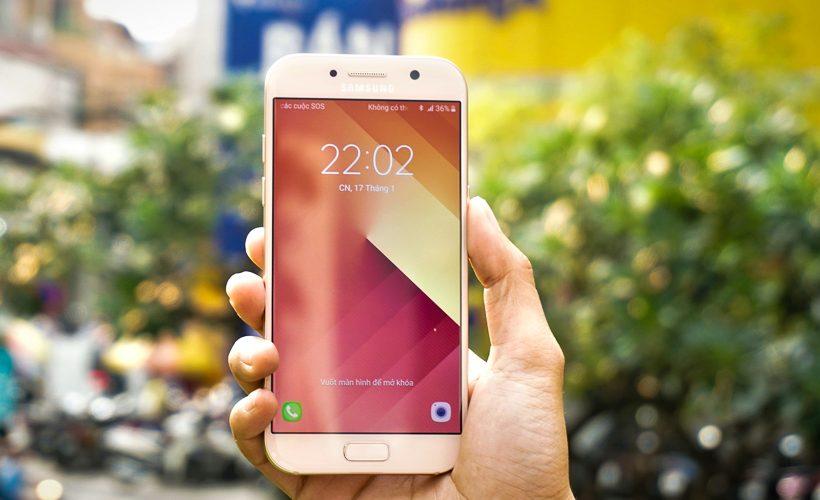 Samsung A5 2017 nhanh hết pin, có giải pháp nào khắc phục?