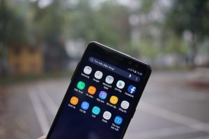 Làm gì để Samsung A8 chạy nhanh và mượt hơn