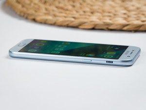 Nguyên nhân màn hình Samsung A5 2017 bị ố vàng