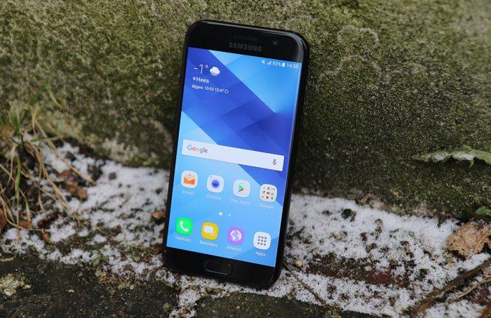 Thay mặt kính Samsung A5 2017 giá bao nhiêu?