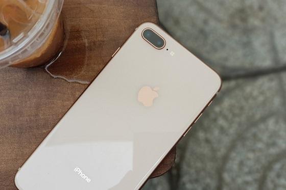 Một vài lưu ý khi sạc pin cho iPhone 8 Plus