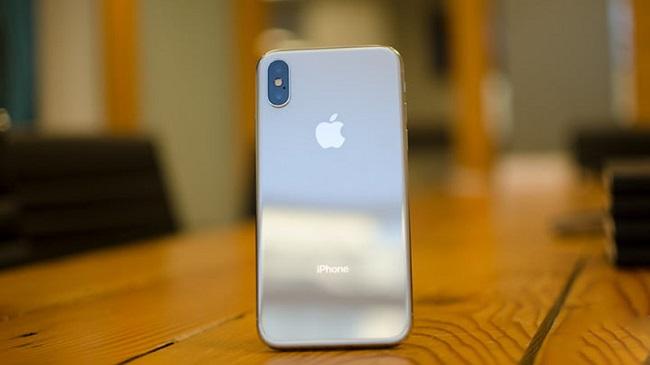 Những lỗi thường gặp trên camera trước iPhone X