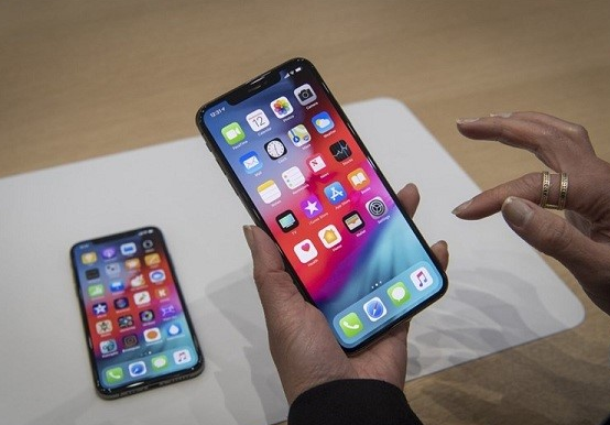 loi cam ung iphone xs max bi loan