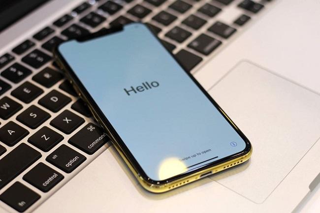 Màn hình iphone X hở keo, nguyên nhân do đâu