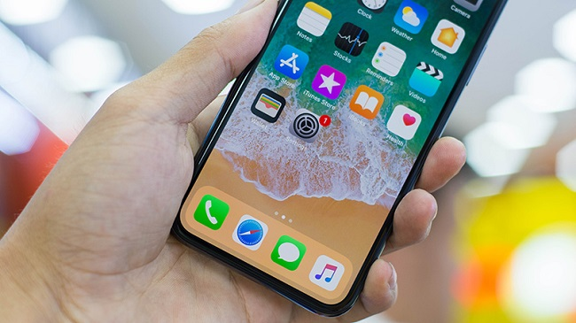 camera trước iPhone X bị ngược khi chụp hình