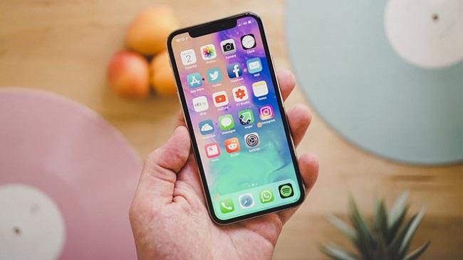 Nơi thay pin iPhone X có thể lấy ngay