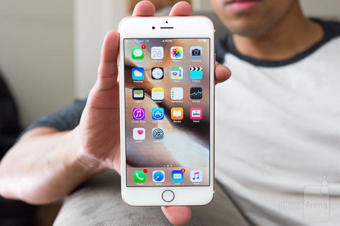 LỗiiPhone 6s Plus bị tối góc màn hình