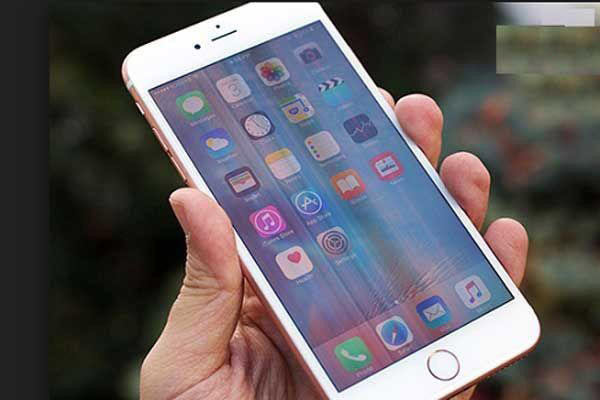 iPhone 7 bị sọc màn hình