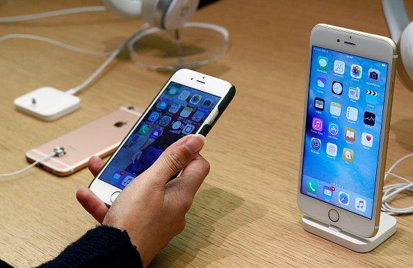 Lỗi màn hình iPhone 6s bị nhấp nháy