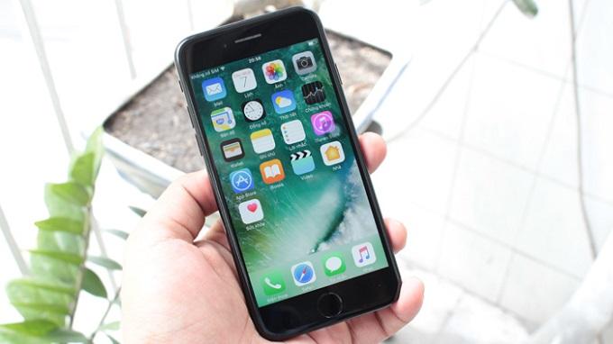 Nguyên nhân màn hình iPhone bị giật liên tục
