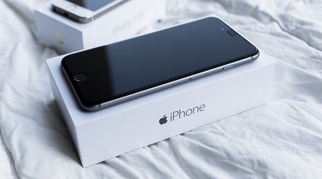 iPhone 7 Plus vẫn chạy nhưng không lên màn hình