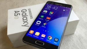 Samsung A5 2016 bị nứt màn hình