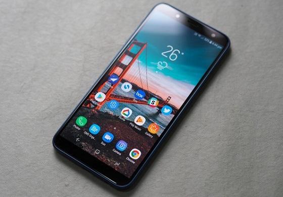 Những điều nên làm khi Samsung J6 vỡ mặt kính