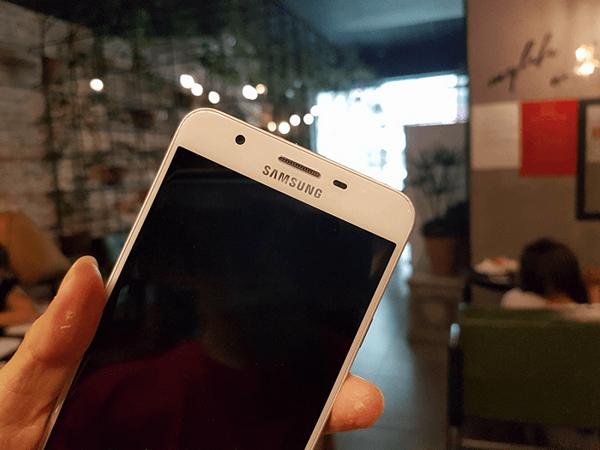 Samsung J7 Prime bị tắt nguồn đột ngột