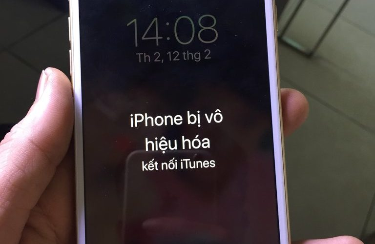 iPhone 7 Plus bị vô hiệu hóa kết nối iTunes