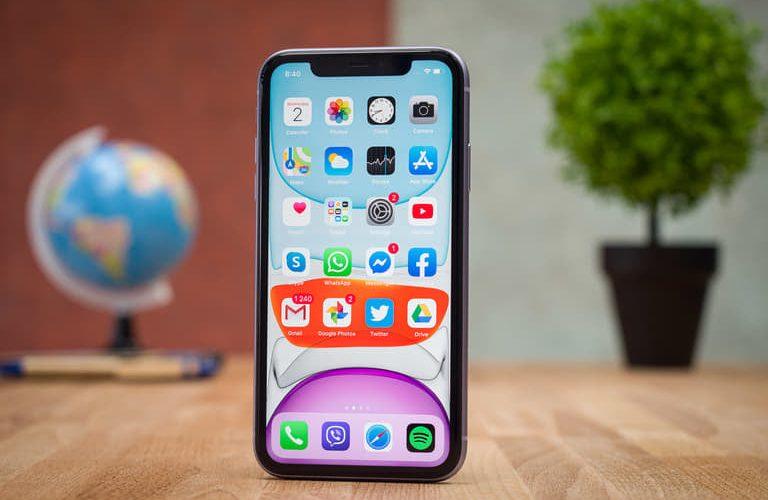 Giúp bạn xử lí nhanh iPhone 11 bị liệt cảm ứng
